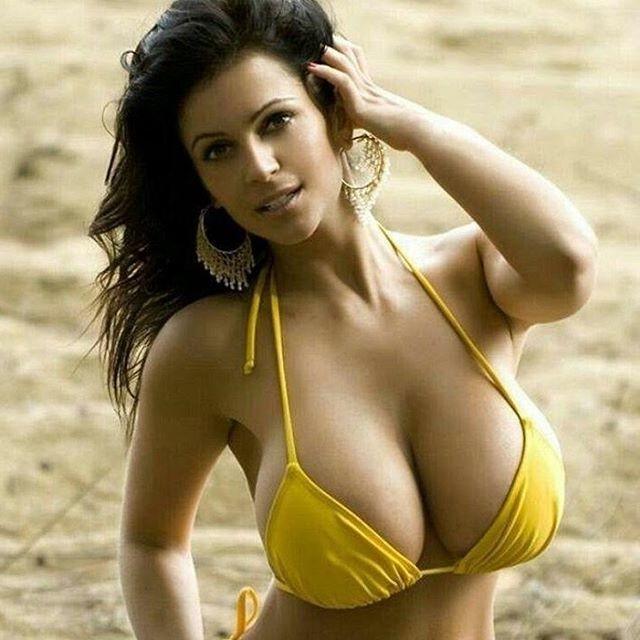 большие красивые груди фотогалереи ближе