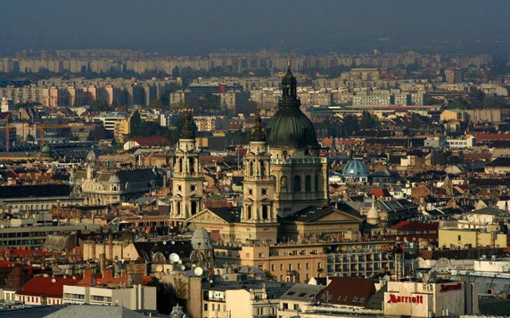 8 городов мира, где ненавидят туристов