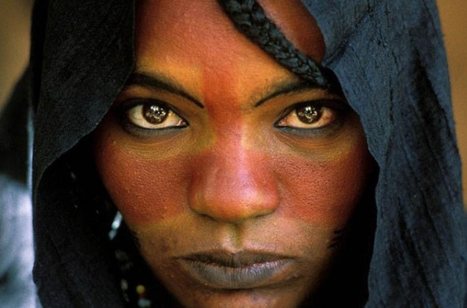 Это народ, в котором верховодят женщины, а мужчины лишены всяких прав. В голове не укладывается!