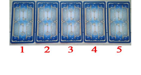 Таро расклад 5 карт «Что во мне привлекает людей» — выберите одну карту