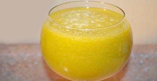Этот сок избавит от высокого давления, гастрита, язвы желудка, подагры, артрита, а также от болезней печени и желчного пузыря!