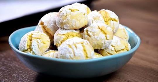 2 яйца, 1 лимон, 200 мл кефира: десерт, который завоевал сердца худеньких довольных хозяек