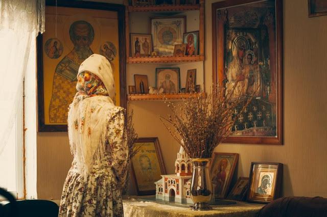 Надо ли надевать платок, когда молишься дома