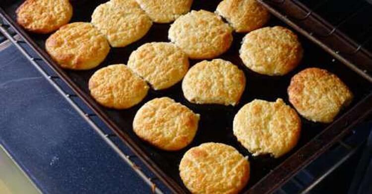 Вкуснейшие сырники в духовке