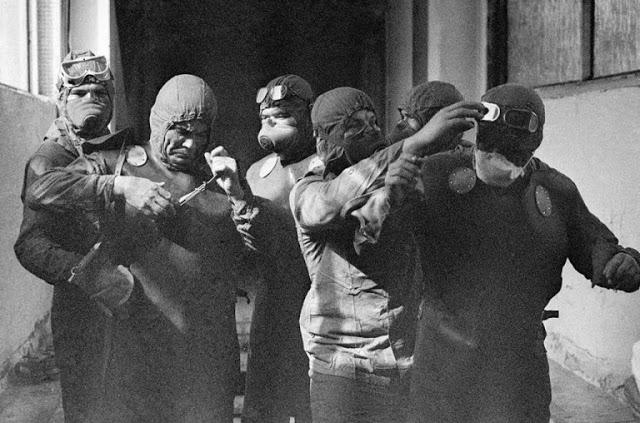 Имена 3 инженеров, ушедших в водолазных костюмах под раскалённый реактор Чернобыля, и спасших всю Европу