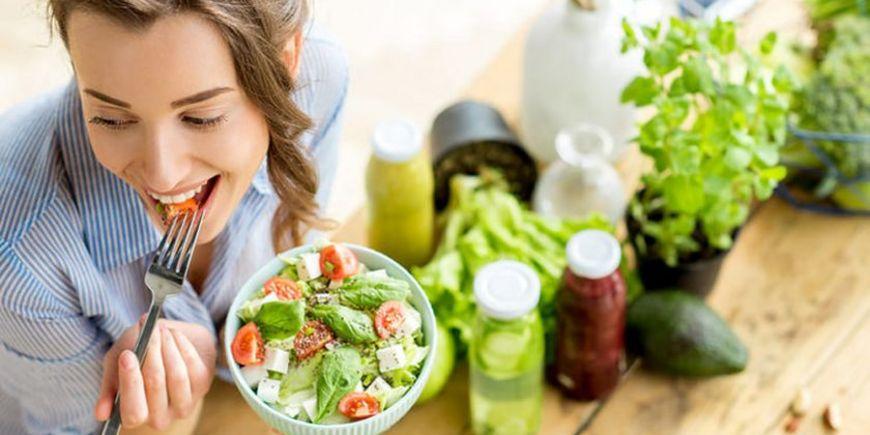 Простой овощной салат, чтобы ускорить обмен веществ и снизить вес