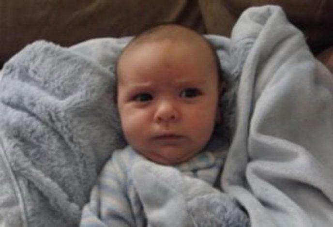 Папа говорит сыну — «Доброе утро». Реакция малыша бесподобна!