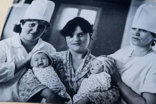 Сиамские близняшки Таня и Аня Коркины. Как сложилась их жизнь спустя 30 лет после разделения