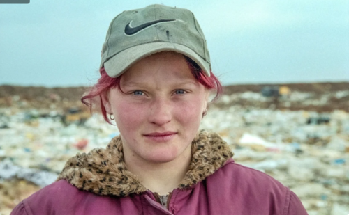 Юля. Прожила на московской свалке 14 лет. Как складывается ее судьба сейчас