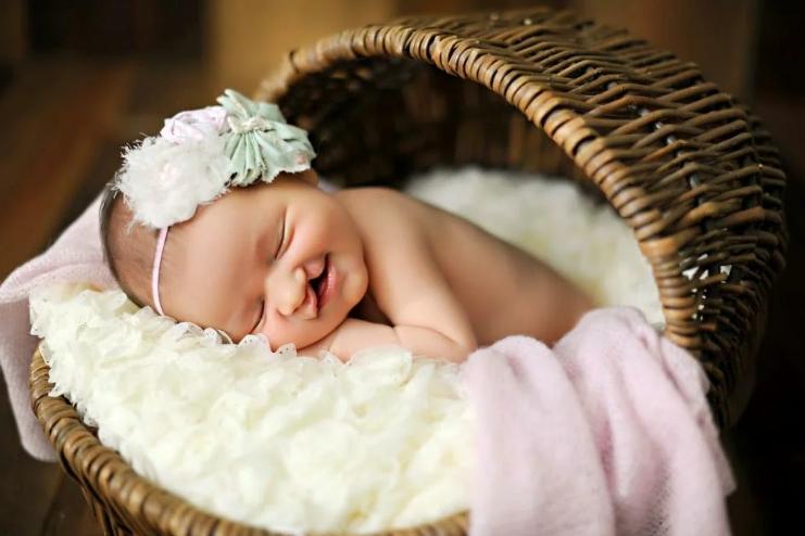 Новорожденная девочка с заячьей губой была брошена в роддоме, а через 19 лет мать увидела дочку по телевизору