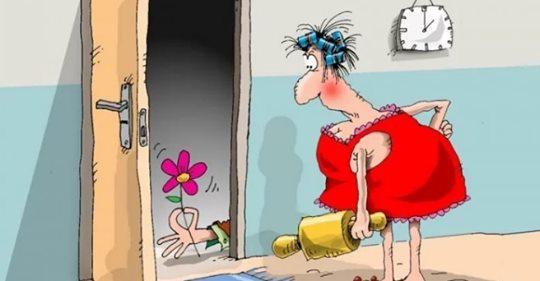 Анекдот: Мужик приходит домой, а жена сидит в халате и телевизор смотрит. Мужик подходит и отдает жене зарплату