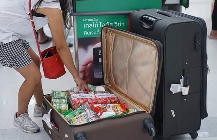 В Таиланде запретили пакеты в магазинах, и вот какие альтернативы им нашли покупатели