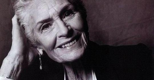 Джоан Гейдж: «Нет, я не хочу умирать в 75 лет!»
