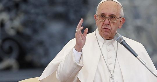Папа Франциск: «Лучше быть атеистом, чем идти в церковь и ненавидеть других»