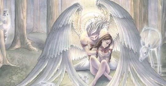 Ангелы любят их. Кого из знаков зодиака всю жизнь хранят Высшие силы