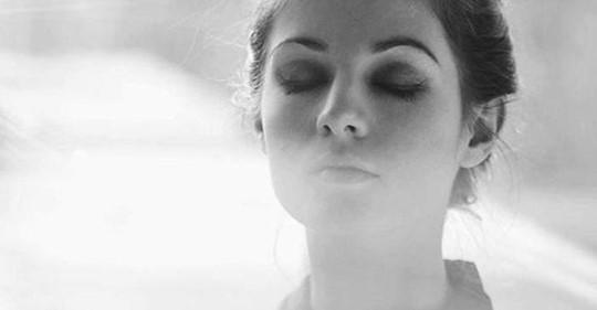 «Я не могу не верить в Бога» — потрясающе трогательное стихотворение Ирины Самариной Лабиринт