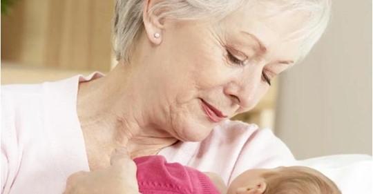 11 лет назад 52-летняя Ольга нашла в кустах сирени младенца и решила оставить его себе. Как живет семья сейчас