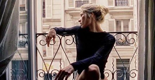 Сильная женщина скорее будет одна, чем станет тратить время на кого попало
