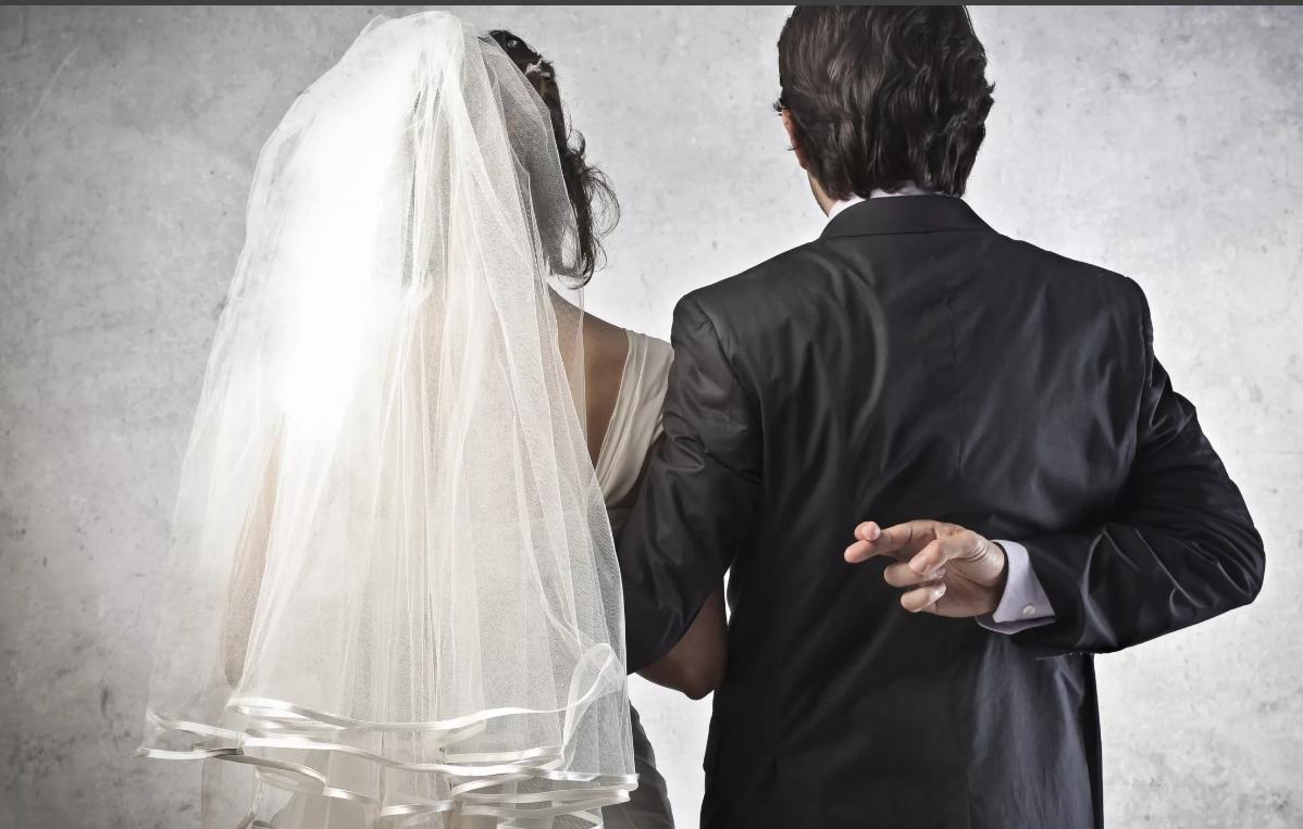-Ради денег замуж выйду, накоплю на квартиру и разведусь, — решила Надя