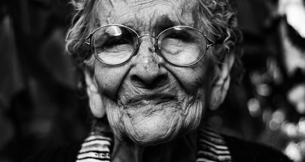 Почему наши близкие в старости становятся такими невыносимыми?