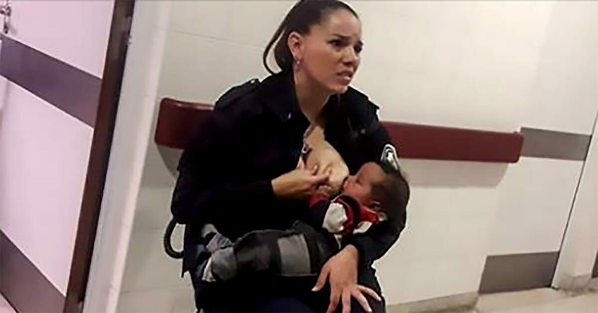 Женщина полицейский кормит брошенного малыша грудью, потому что сотрудники больницы слишком заняты своими делами