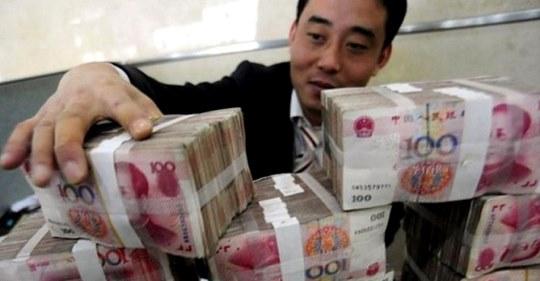 Китайский аферист встречался сразу с 20 женщинами. Трое из них жили в одном доме