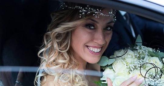 В свои 40 лет она не смогла найти пару, поэтому вышла замуж за саму себя и устроила себе медовый месяц! (11 фото)