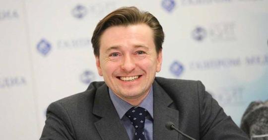 Сергей Безруков стал отцом в пятый раз