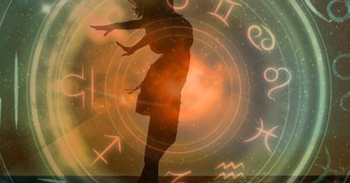 Женский гороскоп на неделю с 27 сентября по 3 октября 2021 года